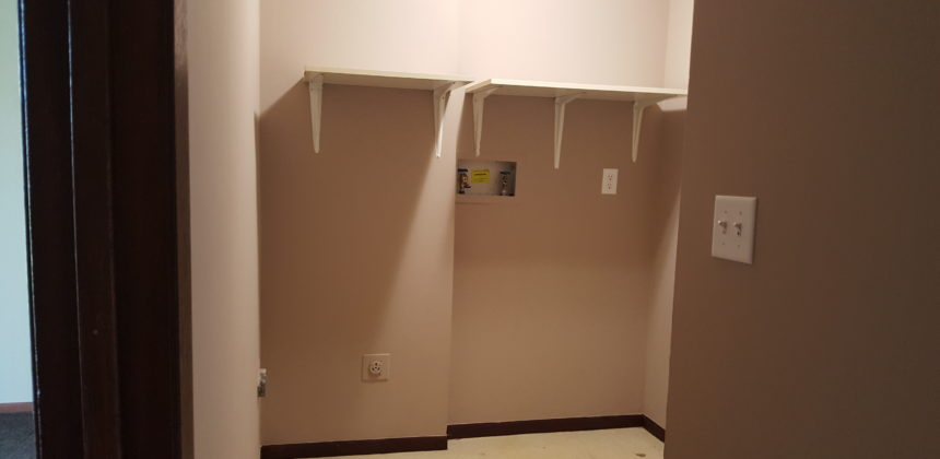 2902 Cletus Laundry