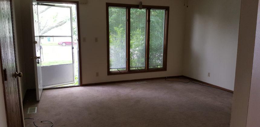 164 Partridge Livingroom
