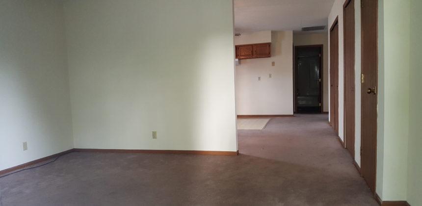 164 Partridge Living room